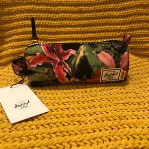 NWT Herschel Jungle Pencil/Makeup Case